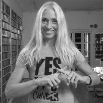 """Bild von Anja Caspary, Musikchefin """"RadioEINS"""", Moderatorin, Autorin,Speaker auf der Krebs-Convention YES!CON von yeswecan!cer"""