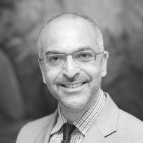 Bild von Prof. Dr. Jalid Sehouli, Direktor Klinik Gynäkologie mit Zentrum Onkologische Chirurgie, Autor, Speaker auf der Krebs-Convention YES!CON von yeswecan!cer